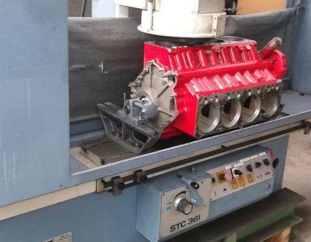 Zylinderkopfplanmaschine